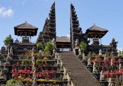 Kuil Terindah Dikunjungi Bali
